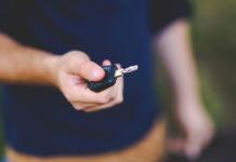 Nowe auta jeszcze taniej – jak oszczędzać na zakupie?